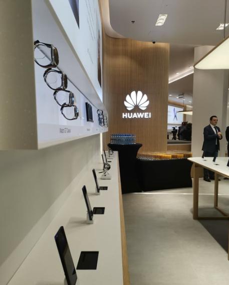 Huawei Experience Shop_Warszawa_3