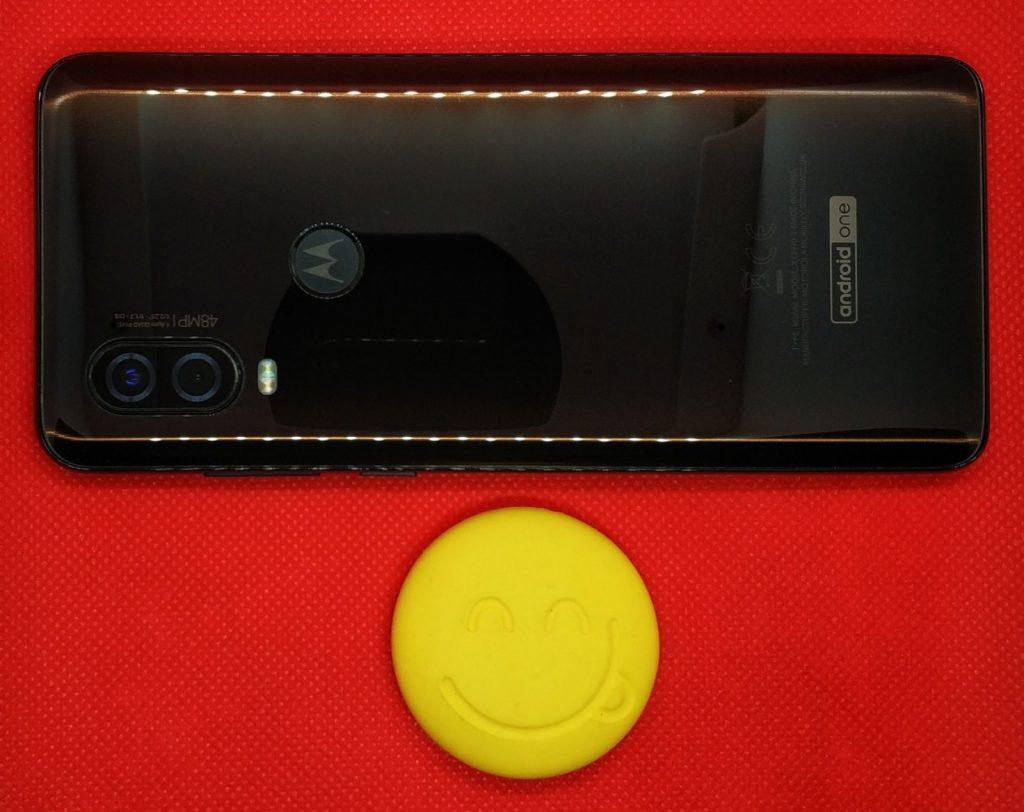 Motorola One Vision tył