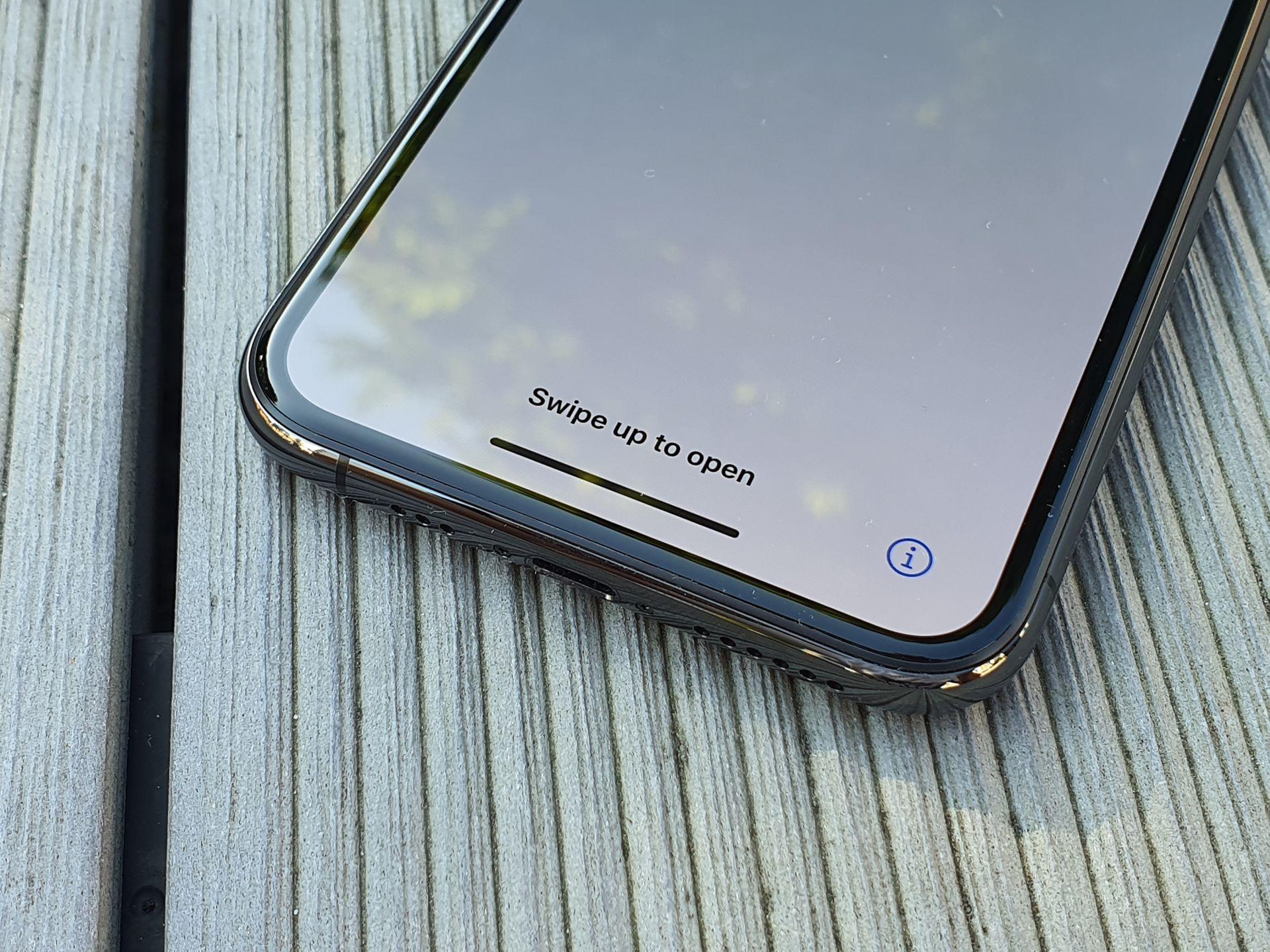 iphone 11 pro dolna belka